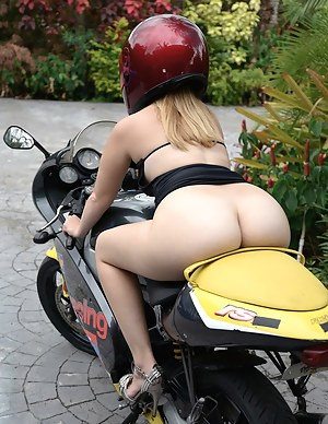 Free Big Ass Sports Porn Pictures