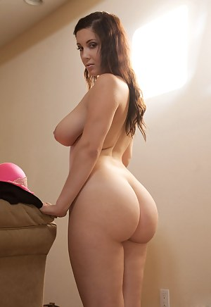 Free Big Ass Busty Porn Pictures